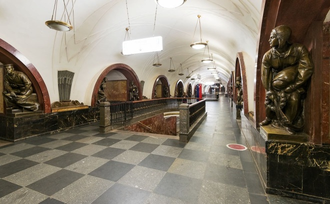 Ploshchad Revolyutsii, hall, transfer stairs to another station, Metro, Moscow